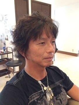 40代 メンズパーマ 50代[男性]の髪型でパーマが似合うメンズヘア厳選【15選】がコレ!  