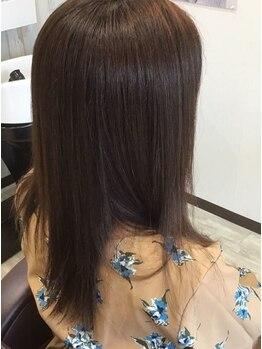 ヘアーメイク プラス(Hair Make Pluss)の写真/忙しい朝も楽になる髪のケアをおすすめ♪まとまりのあるナチュラルストレートでさらさらの指通りが叶う★