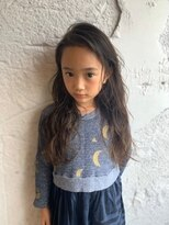 リー 代官山(Яe)キッズカット!女の子ヘアスタイル簡単スタイリングパーマ