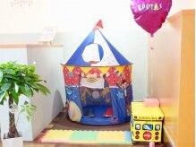 美容室 ルピアス(lpuias)の雰囲気(おもちゃで遊べるキッズスペース。ママの側なのでお子様も安心☆)