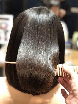 髪質改善ヘアエステサロン オプシア(OPSIA)の写真/[カットエステ以外のメニュー髪質改善ヘアエステ付]パーマやカラーを繰り返すほど髪がキレイに扱いやすく◎