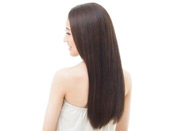 トータルビューティーサロン ガーネット(Garnet)の写真/髪の美しさを追求するなら【Garnet】で。日本女性に最適なAujuaトリートメントで美髪を手に入れましょう♪