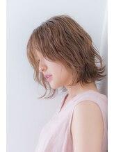 ヘアーデザインムーヴ(Hair design MOVE)クセ毛×外はねボブのクールショート