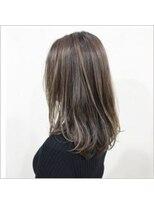 サラ ニジュウイチ ビューティーサイト(SARA21 Beauty Sight)ハイライト/外国人風カラー