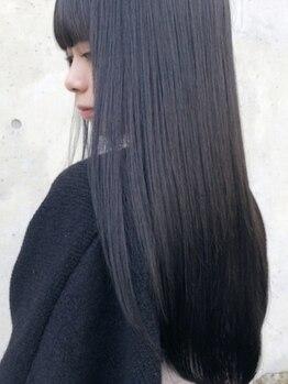 カルフール(Carre four)の写真/【プリンセスティアラTr】保水力のあるコラーゲンを毛髪の奥に浸透させたプリンセスティアラの定番メニュー