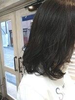 マル ヘアアンドメイク(maru hair&make)ふんわりミディアムパーマスタイル