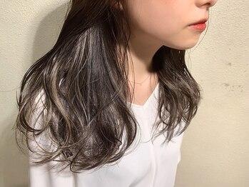 """ボアソルテ(Boa Sorte)の写真/独自技術""""フリンジカラー""""髪の揺らぎや光の角度で表情を変える洗練されたdesign。柔らかく見える質感に◎"""