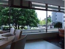 美容室セイブ 小平駅前プラザ店(Seibu)の雰囲気(清潔感のあるサロン。年中無休で駅近なので、いつでも行ける!!)