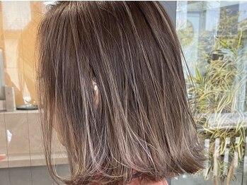 レブ ヘアーサロン(Reb, HairSalon)の写真/デザインカラーなら《Reb》へ!得意のハイライトは、京都屈指の高クオリティ☆ワンランク上のスタイルへ導く