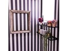 ヘアサロンオーケストラ(HAIR SALON ORCHESTRA)の雰囲気(店内の家具もヴィンテージテストです。)