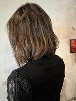 アティック ヘアーデザインアンドリラクゼーション(attic hair design&relaxation)外国人風カラー ブラック×ブロンド