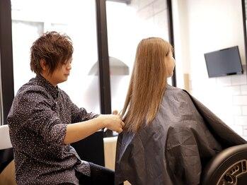 ヘア ストア リタイム(hair store Re-Time)の写真/ハイライトやローライトを使った外国人風カラーが得意★透明感のあるカラーでお肌もキレイに魅せる♪