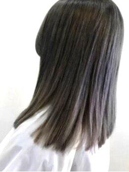 エッセンス(essence)の写真/髪の毛が細く傷みやすい方もOK☆ダメージレスで艶のあるストレートヘアが実現♪10日間の技術保証有◎