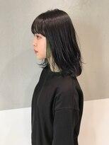 ガリカ(Gallica kinshicho)☆ グリーン × インナーカラー ☆ 毛束感ボブ