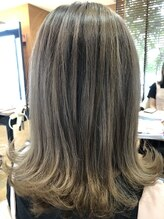 ベルポートヘア(Bellport hair)ミルクティーベージュカラー