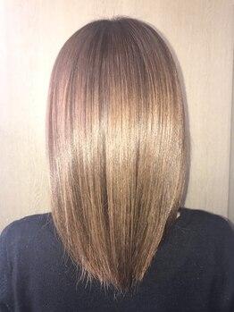 美容室 ヨーコの写真/髪のクセが気になる。そんな人は迷わずヨーコへ!しっかりクセを伸ばすストレートをお手頃価格で体験できる!