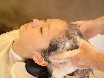 シム ヘア カナゾノ(C.I.M hair kanazono)の写真/頭皮環境を整え美髪へと導く、本格ヘッドスパ☆日々の疲れをリフレッシュし至福の時を過ごしませんか?
