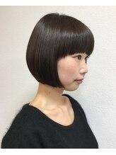 ヘアメイク サラリ(hair make SARARI)ワイドバング×切りっぱなしボブ【SARARI青山・外苑前・表参道】