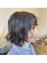 ヘアーアイストゥーレ(HAIR ICI TRE)ミディアム ハード パーマ