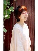 ヘアマニキュアで白髪をしっかり染める 【ラ・カスタ取扱店】