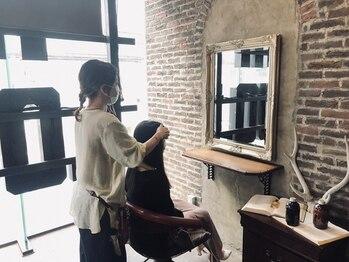 ヘアーラウンジ スリービー (HAIR LOUNGE THREE BEE)の写真/仕上がり満足度◎骨格、毛質、毛流れ+ライフスタイルに合わせて貴方だけのオリジナルデザインをご提案♪