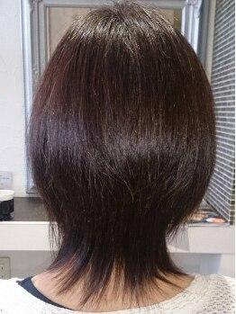 ヘアーメイク バス(Hair make bas)の写真/艶々ストレートなら【Hair/make b,a.s】にお任せ!トリートメント配合の薬剤でダメージを最小限に抑えます。