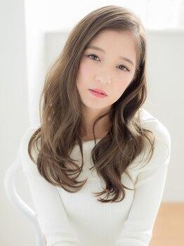 ロワゾ ヘア デザイン(L'OiSEAU HAIR DESIGN)の写真/【うっとり質感♪にファン急増中】《カット+カラー+トリートメント¥11000》高い補修力を誇る《TOKIO》導入