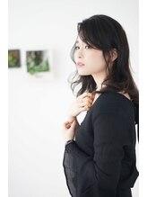 ヘアセラピー サラ(hair therapy Sara)《透明感×ツヤ髪》イルミナ&アンヘルで作るツヤ黒髪ロング
