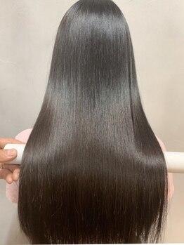 ヘアアンドライフシー(HAIR&LIFE C)の写真/【三宮徒歩5分】高い技術×充実の上質ケアMENUが魅力の髪質改善サロン!ぷるっと輝く髪に