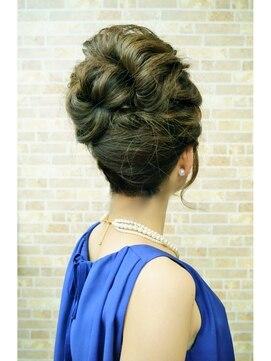 結婚式の髪型(ヘアアレンジ) クールビューティーアレンジ