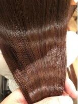 オハナ(ohana)【ohana/表参道】秋色艶髪イルミナカラー×ベリーピンク。