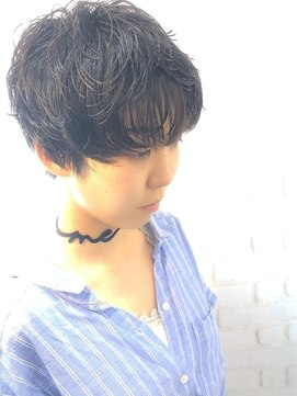 ラウンジ モリオ イケブクロ(Lounge MORIO Ikebukuro)【morio池袋】大人かわいい柔らかい黒髪パーマショート