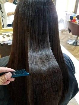 デザイナーズヘアー ラグジス(Designers hair LUXIS)の写真/メディアや美容に敏感な方達の中で、話題沸騰中の髪質改善[ケラテックスメント]「Rトリートメント」取扱い!