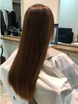 グリムヘアー(GLIM hair)の写真/《大注目☆新質感トリートメント》ベタつきがなくサラサラ!軽いのに毛先までするんとまとまる質感に♪