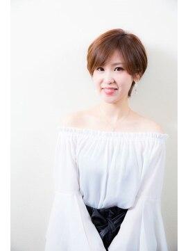 ダアッカ(da acca)20代30代40代★スタイリングが簡単♪小顔みせ☆丸みショート