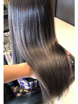 ヘアデザイン ダブル(hair design Double)の写真/自然なストレートからしっかりクセまで対応!ダメージを抑え、まるで素髪のような柔らかさとしなやかさに♪