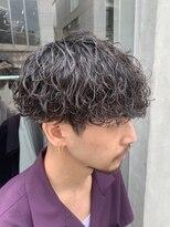 フィフス(fifth)波巻スパイラルスリークショートマッシュツーブロックメンズヘア