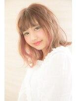 松本平太郎美容室 青山店抜け感ボブにチラ見せピンクでキュートをトッピング