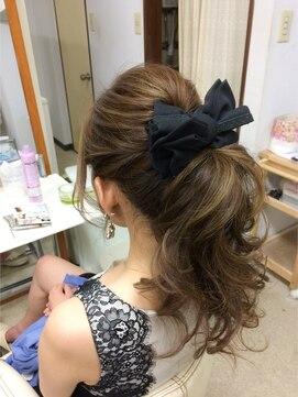 結婚式 髪型 ロングヘアアレンジ ナチュラルポニー