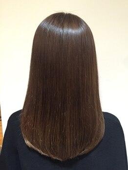 ループス(Roops)の写真/【髪質改善酸性ストレート】髪の負担も少なく縮毛矯正としても◎1度かけた部分は半永久的に効果が持続◎