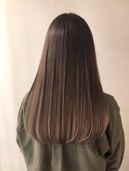 シキ(SIKI)の写真/【福島】広がりが気になる髪も自然なストレートに♪ダメージを最小限に抑えて施術してくれるから美髪が叶う