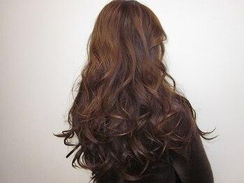 サロンドエスダッシュ(Salon de S')の写真/お客様の髪の状態やご希望の髪色に合わせてカラー剤をチョイス!理想通りの仕上がりに大満足の嵐!!