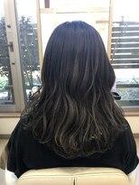 アドゥーヘア ヴィス(A do hair vis)グレーアッシュカラー