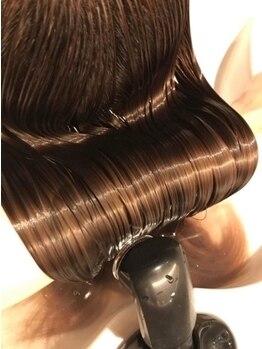 ビューティーコネクション ギンザ ヘアーサロン(Beauty Connection Ginza Hair salon)の写真/驚くほどしっとり柔らかなレア髪へ。髪本来の美しさを引き出す技術力◎『ReFa』ドライヤーでダメージレスに