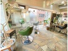 チェコリル(Cyecoril)の雰囲気(席と席の間にパーテーション設置しております!お客様の安全第一)