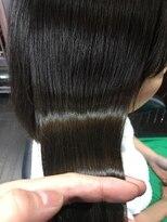 髪の美院 シャルマン ビューティー クリニック(Charmant Beauty Clinic)アッシュ系ツヤ髪