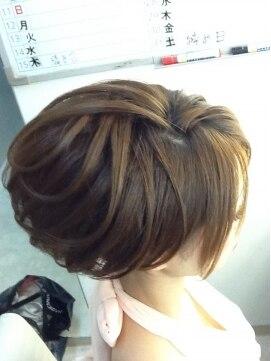 盛り髪・スジ盛り 太めスジかぶせスタイル