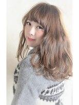 シェア(SHARE)『SHARE』☆ふんわりフェミニンな雰囲気のおフェロ髪スタイル☆