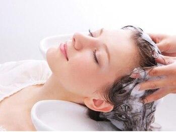 アッシュ アーティスティック スタジオ オブ ヘア(Ash artistic studio of hair)の写真/【高松の池入口バス停目の前♪】最高級ケア【Aujua オージュア】のヘッドスパを体験してみませんか?