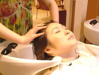 モーマ ビアンカ(mo-ma×BIANCA)の写真/【育毛促進☆】大人女性の髪のお悩みを解決!本格的な頭皮ヘアケアは《 mo-ma×BIANCA 》で。